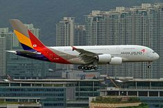 Asiana Airlines Airbus A380-842 HL7625