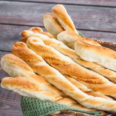 Twisted Parmesan Breadsticks – homemade Parmesan breadsticks in under an hour.