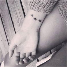 Pretty-Small-Tattoo-Designs-for-Girls8.jpg 600×600 pixel