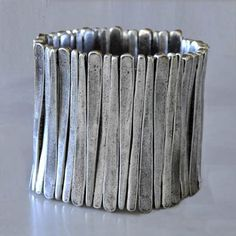 Metal Pointus Silver Flin Bracelet