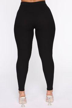 All Fashion, Latest Fashion Trends, Ski Pants, Fashion Nova Models, Nova Jeans, Tops For Leggings, Cut And Style, Black Pants, Zip Ups
