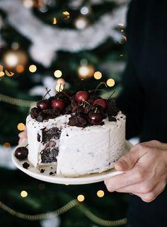 Fudge ice cream cake with cherries