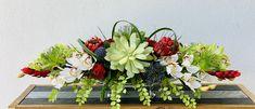 Succulent arrangement Faux Flower Arrangements, Table Arrangements, Dinning Table, Faux Flowers, Unique Home Decor, Floral Wedding, Succulents, Floral Design, Centerpieces