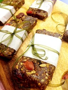 High Energy Granola Bars with Hemp Seed & Maple Syrup | Wild Food Cafe