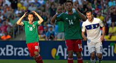 La Selección Mexicana debutó en la Copa Confederaciones y lo hizo con una derrota ante la Squadra Azzurra. Andrea Pirlo y Mario Balotelli marcaron los dos goles con los que se llevaron sus primeros tres puntos. Anecdótica resultará la indumentaria con que México saltó a la cancha, pues aunque la playera se mantuvo en verde, el short y las calcetas fueron portadas en color rojo, provocando una vistosa combinación.