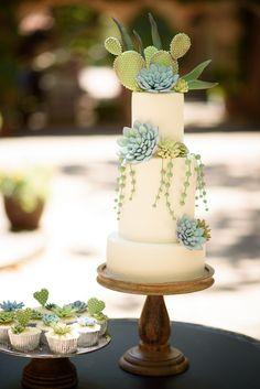Succulent Wedding Cakes, Cactus Wedding, Floral Wedding Cakes, White Wedding Cakes, Unique Wedding Cakes, Beautiful Wedding Cakes, Wedding Cake Designs, Beautiful Cakes, Floral Cake