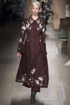 Erdem Fall 2016 Ready-to-Wear Collection Photos - Vogue Autumn Winter  Fashion 69673f8f7b0