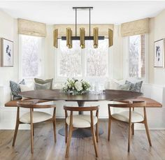 Round Back Dining Chairs, Modern Dining Chairs, Dining Furniture, Dining Table, Kitchen Nook, Living Room Kitchen, Built In Dining Room Seating, Interior Architecture, Interior Design