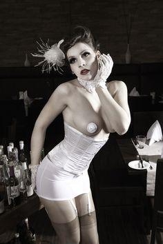 Burlesque Show von Lyra Lestrange