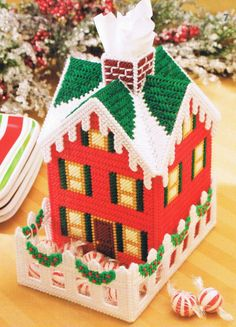 COTTAGE - Plastic Canvas Tissue Box Cover
