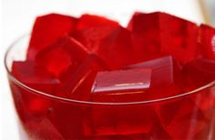 This page contains finger Jello (gelatin) recipes. Finger Jello is just that a firmer version that is easily cut into shapes and eaten with your fingers. Jello Gelatin, Gelatin Recipes, Sugar Free Snacks, Sugar Free Jello, Finger Jello, Food Meaning, Acide Aminé, Orange Fruit, Skinny Recipes