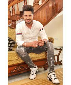 For someone special ( K. Jassi Gill Hairstyle, Hairstyle Men, T Shirt Pic, Hardy Sandhu, Punjabi Boys, Punjabi Models, Swag Boys, Boys Dpz, Stylish Boys