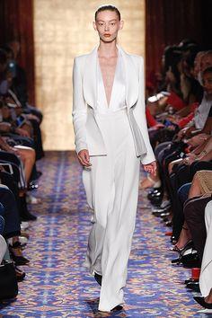 Fashion Weeks | Tendências de vestido de noiva e madrinhas - Portal iCasei Casamentos