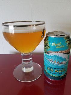 Hawaiian Kona Brewing Golden Ale 4.4% reminiscent of an ipa quite fresh refreshing tasty