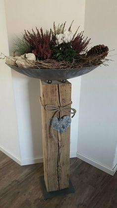 Wooden beams decoration bowl flower bowl iron wood design XXL in Bavaria - Waldkraibu . - Secret New Life Living Room Decor, Bedroom Decor, Flower Bowl, Deco Floral, Diy Garland, Wood Design, Beams, Decorative Bowls, Creative