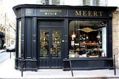For waffles, Parisians now rush to Le Marais where Meert, a very traditional pâtisserie and tea room founded in Lille, opened its doors a few months back. Retail Facade, Shop Facade, Building Facade, Cafe Industrial, Storefront Signs, Clothing Store Design, Café Bar, French Cafe, Lokal