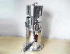 10T Hydraulic Hand Fruit Sugar Cane Crusher Juicer 112cm x 95cm Manual Fruit Juice Extractor *** Find out more about the great product at the image link.
