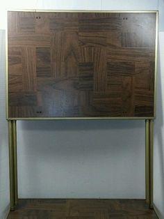 VINTAGE METAL TV TRAYS SET OF 4 Faux Wood Finish