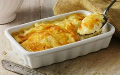 Meet your new favorite cheese potatoes, the Cheddar Cheesy Potatoes Au Gratin! The evaporated milk and sharp cheddar make Cheddar Cheesy Potatoes Au Gratin extra-deluxe creamy. Kraft Foods, Kraft Recipes, Potato Gratin Recipe, Potatoes Au Gratin, Cheesy Potatoes, Potato Casserole, Squash Casserole, Potato Dishes, Potato Recipes