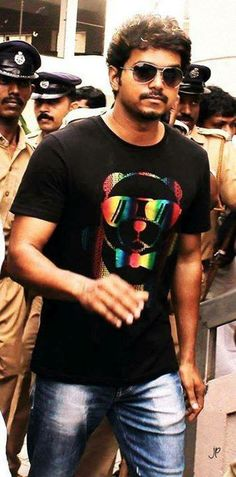 #Vijay #Celebrities #Kollywood Tamil Movie #Actor. Check out more pictures: http://www.starpic.in/kollywood-tamil/vijay.html