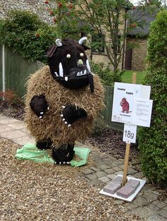 39ae3e9dffd1 Image result for scarecrow ideas for contest Scarecrow Festival