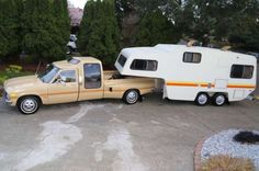 We've gathered our favorite ideas for Vintage Chic Weekender Toyota Dually Camper, Explore our list of popular small living room ideas and tips including Vintage Chic Weekender Toyota Dually Camper. Vintage Rv, Vintage Trailers, Vintage Trucks, Vintage Caravans, 5th Wheel Travel Trailers, Fifth Wheel Campers, Toyota Camper, Toyota Trucks, Chevy Trucks