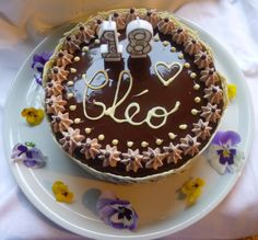 gâteau tout chocolat (et amandes/noisettes) pour les 18 ans de Cléophée
