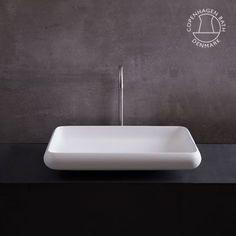 Rosenborg 60 rectangular wash basin.