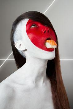 Fat Flag : l'artiste Jonathan Icher crée des portraits aux saveurs nationales avec du body painting - http://creapills.com
