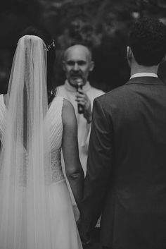 ♥ Luana Vaz | Tulle - Acessórios para noivas e festa. Arranjos, Casquetes, Tiara
