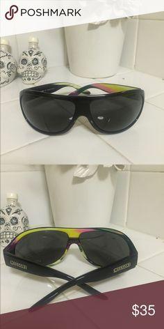 Black Missoni sunglasses Black Missoni sunglasses with fun interior. No case. Missoni Accessories Sunglasses