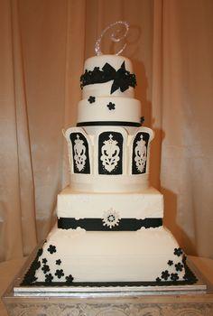 https://flic.kr/p/9MLFsT | Wedding Cake | Front view.