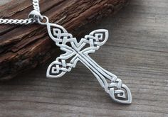 Hey, I found this really awesome Etsy listing at https://www.etsy.com/listing/210314764/large-mens-celtic-cross-necklace-large