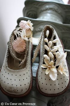 "To the observer these vintage baby shoes, marked ""Le tout petit,"" have many touching details that let us imagine the charming little girl. Cute Baby Shoes, Old Shoes, Baby Steps, Shoe Art, Baby Feet, Childrens Shoes, Vintage Shoes, Vintage Children, Girls Shoes"