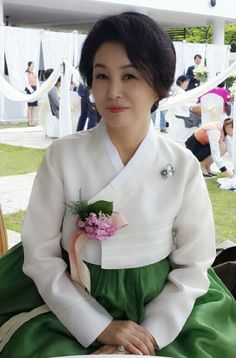 Korean Summer, Short Hair Styles, Wedding Decorations, Style Inspiration, Traditional, Beautiful, Color, Awesome, Dresses