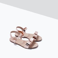 Image 5 of BOW AND MIRROR SANDALS from Zara