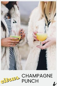 Citrus Champagne Punch Recipe. This easy punch is perfect for parties! With sparkling wine and citrus, it's easy to make and great to share with a crowd. Refreshing Cocktails, Easy Cocktails, Yummy Drinks, Champagne Punch Recipes, Cocktail Recipes, Best Punch Recipe, Cool Mom Style, Easy Mixed Drinks, Best Champagne