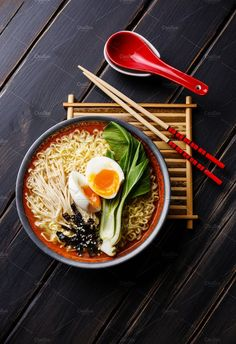 Ramen Asian noodles by liskina-nora on food photography South Korean Food, Korean Street Food, Asian Recipes, Healthy Recipes, Healthy Food, Food Photography Tips, Ramen Photography, Food Flatlay, Asian Noodles