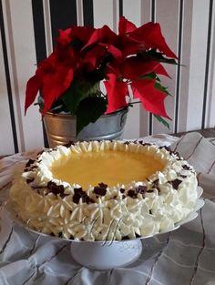 Eierlikörtorte  Eggnog cake