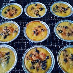 Schotel Peyeum/ Tape Manis yang super yummy & legit Cantaloupe, Food And Drink, Snacks, Fruit, Cake, Food And Drinks, Food Food, Pie Cake, Pastel