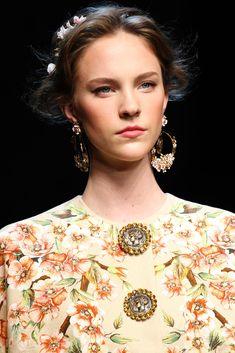 Dolce & Gabbana Spring 2014 Ready-to-Wear Collection Photos - Vogue