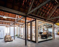 Image from http://www.bewelldesign.com.au/wp-content/uploads/2014/04/Julie-DAubioul_2.jpg.