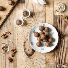 Apricot raw energy balls // Meruňkové maca kuličky