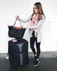 44 Classic And Casual Airport Outfit Ideas bcf03baca9471
