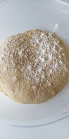 Jemné škoricové pečivo s pridaním sušeného mlieka (fotorecept) - recept | Varecha.sk Ethnic Recipes, Food, Basket, Essen, Meals, Yemek, Eten