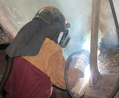 @HobartFM Torch angles and contact-tip-to-work distances are similar with metal-cored wire and solid wire. This allows welders to learn metal-cored wire welding with minimal training.