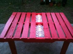 table1 Garden pallet table in outdoor garden furniture  with Table