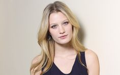 Ashley Hinshaw - before
