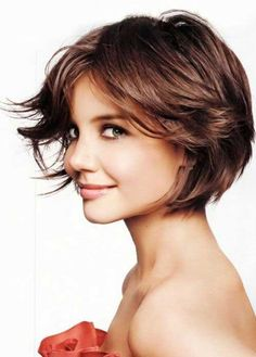 20 Hairstyles for Layered Hair! Layers suit all face shapes, and there are lots of hairstyles for layered hair. Celebrity hairstyles for layered hair. Modern Bob Haircut, Modern Haircuts, Modern Hairstyles, Casual Hairstyles, Short Brown Hair, Short Hair Cuts For Women, Short Hair Styles, Short Wavy, 1920s Hair Short