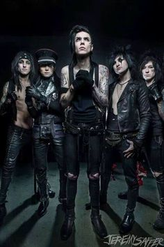 CC, Ashley, Andy, Jinxx, and Jake